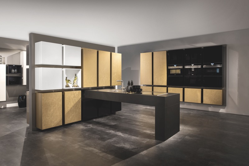 Koje35 AV4070 Gold Moving Kitchen